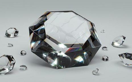 सपने में हीरा देखना