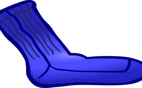 सपने में मोजा पहनना देखना